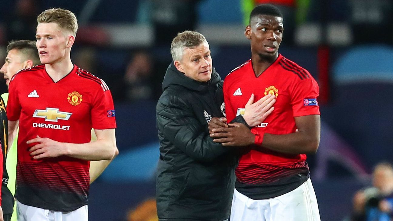 Manchester derby offers a nightmare scenario for United: beat City and hand Liverpool the Premier League?