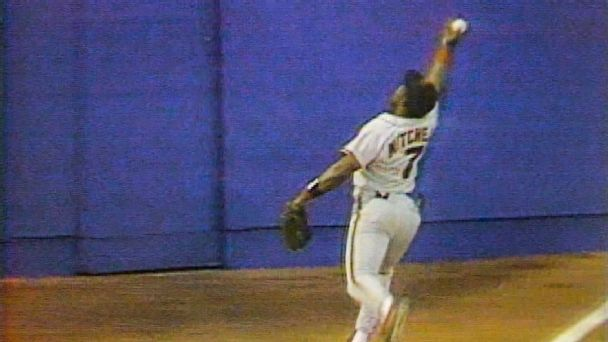 Greatest catch ever? Re-creating Kevin Mitchell's epic bare-handed grab
