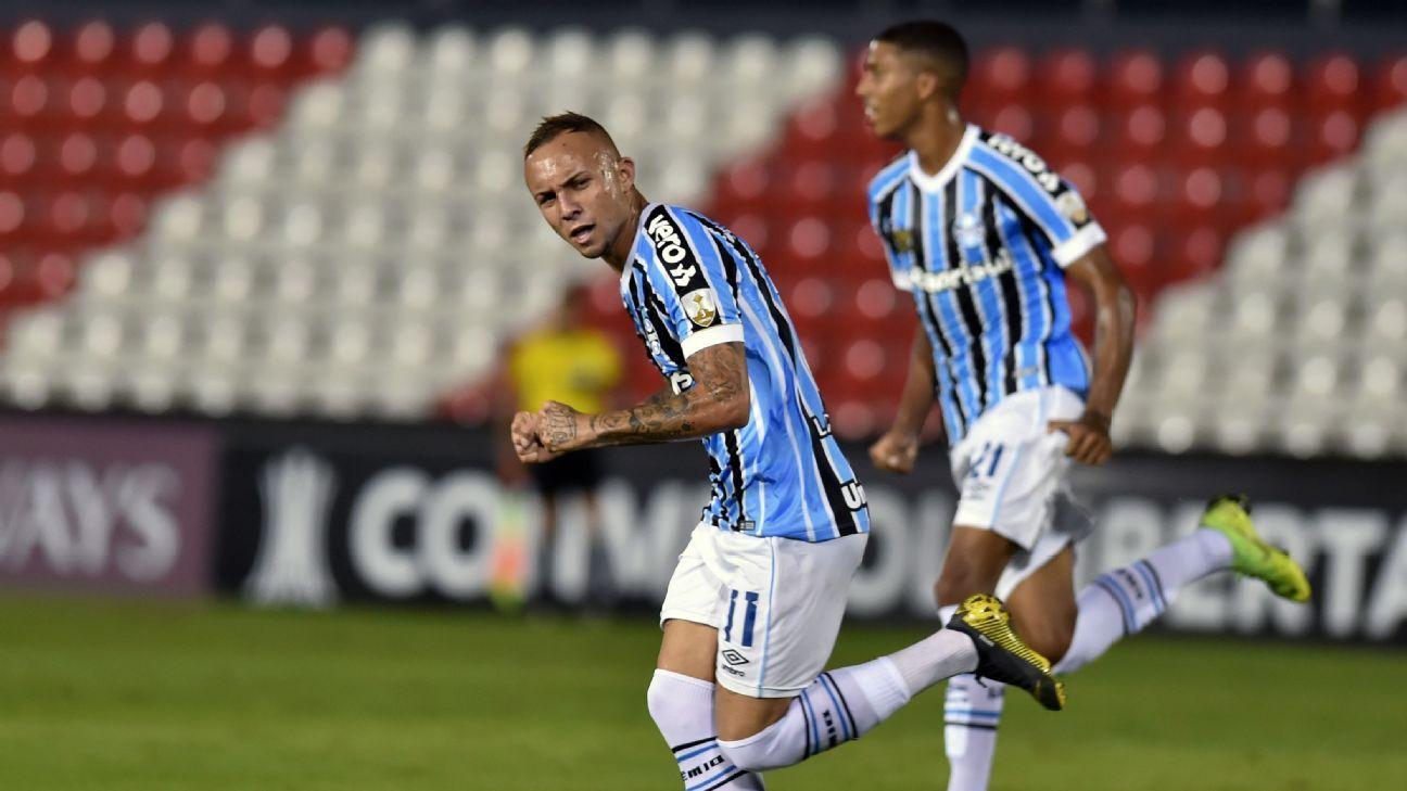 Grêmio vence Libertad com golaço de Everton e segue vivo na Libertadores