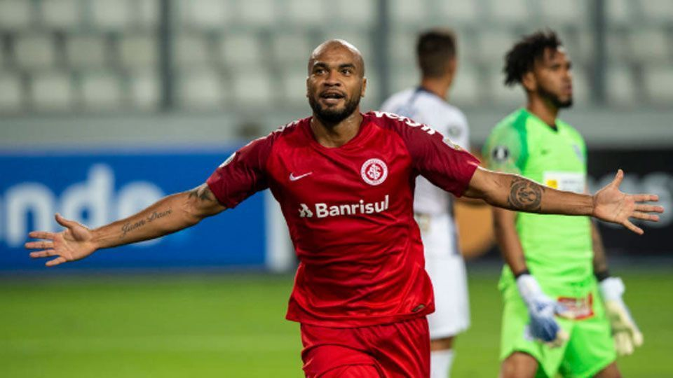 Moledo elogia desempenho do Internacional e vê time no rumo certo
