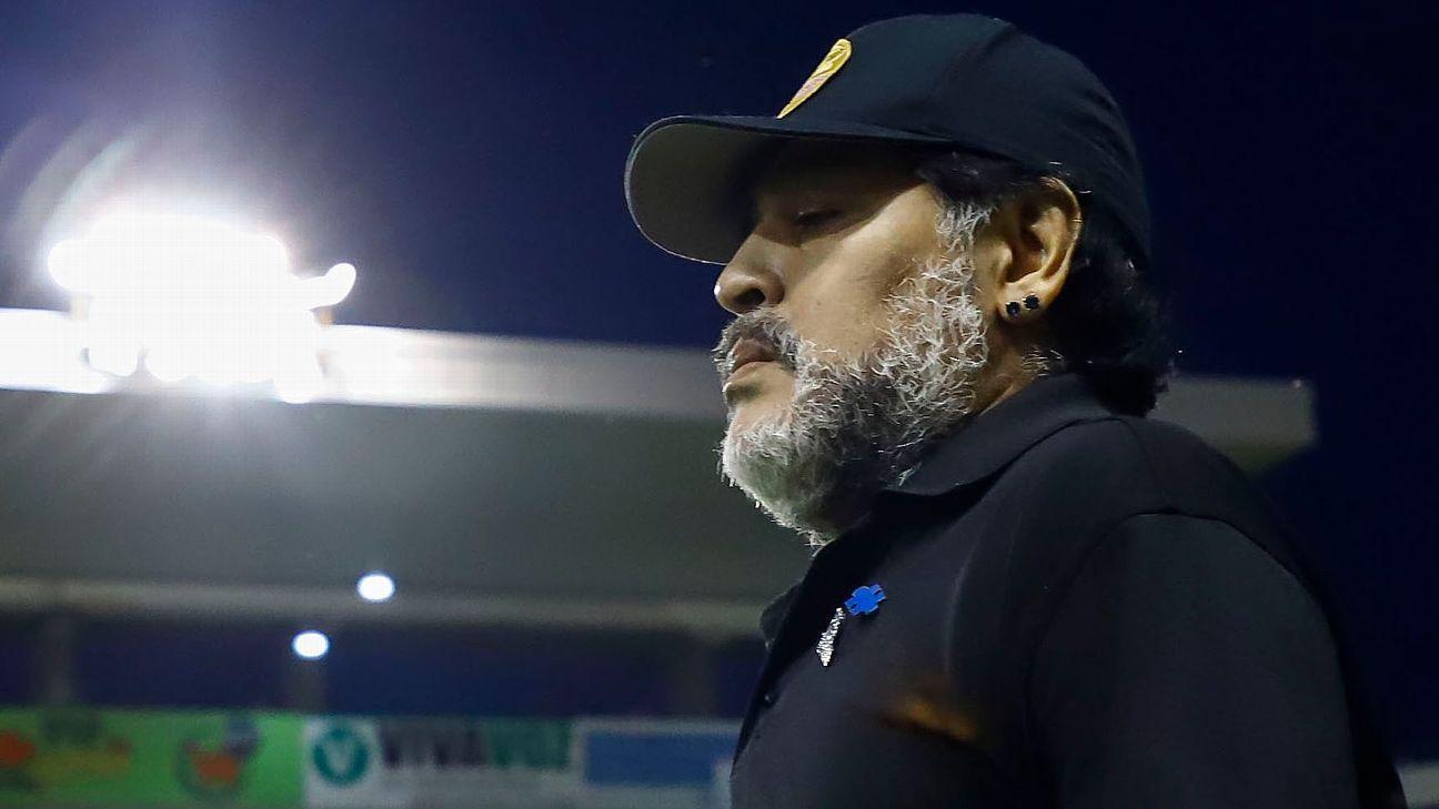 Maradona afirma que los jugadores mexicanos entrenan como europeos