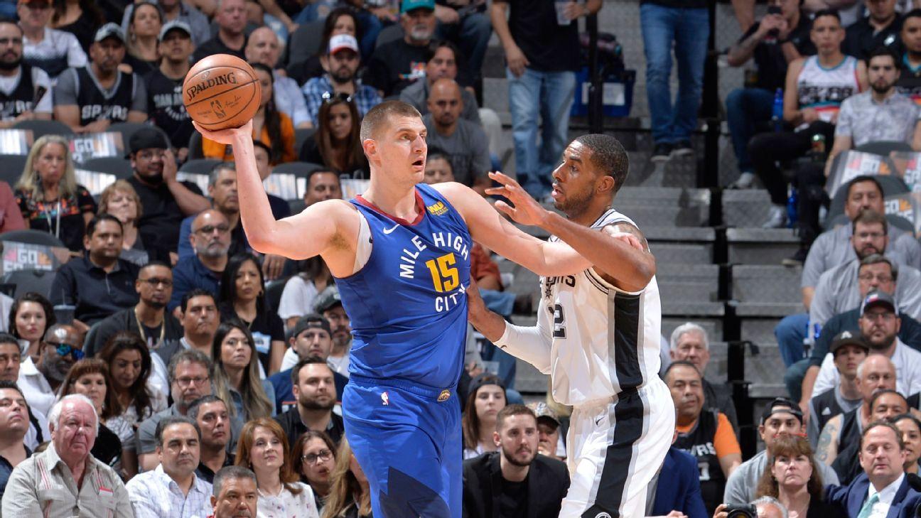 Jokic tem melhor noite da carreira, mas Spurs vencem os Nuggets e forçam jogo 7