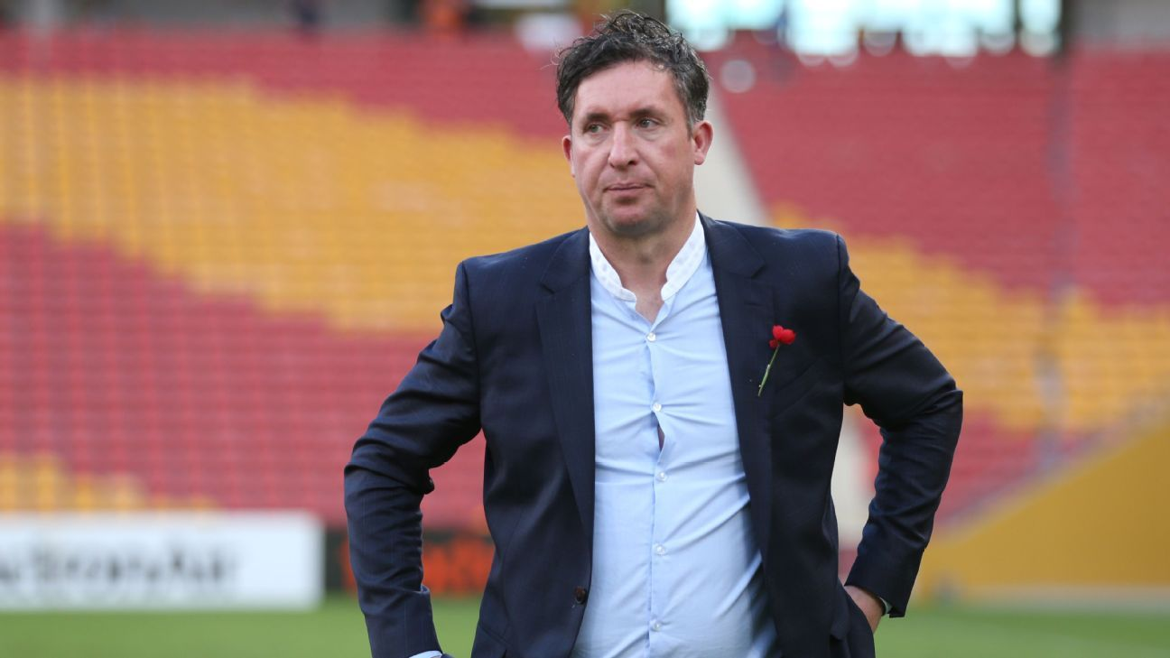 Brisbane Roar axe 11 players as Robbie Fowler era begins