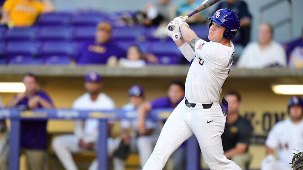 Tigers escape Privateers in midweek matchup
