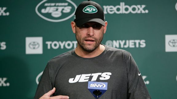 Jets coach Adam Gase turns up the heat ... on himself