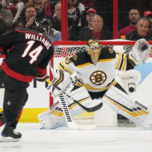 'Unbelievable' Rask carries Bruins past Hurricanes