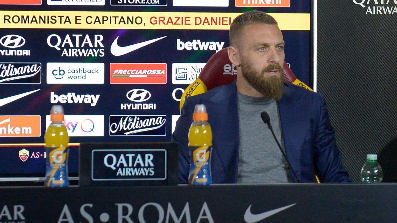 Roma fans stage protest over De Rossi exit