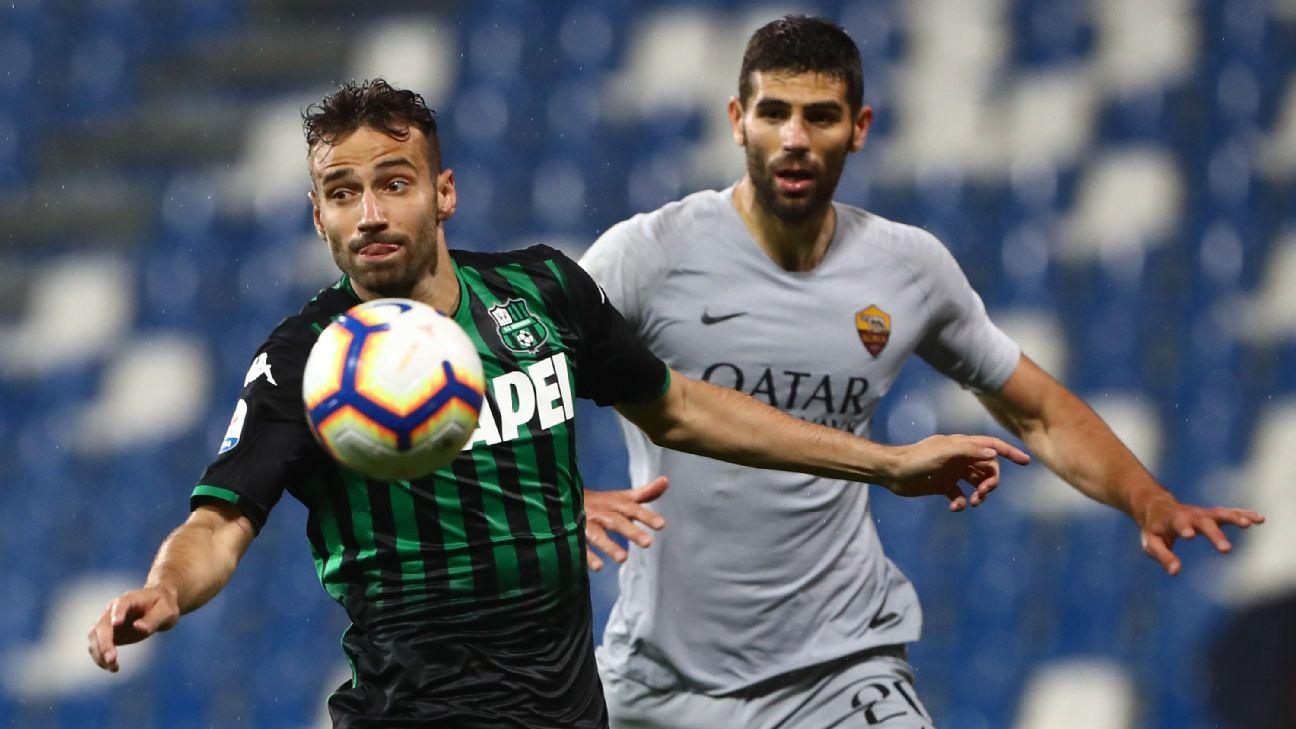 Roma fica no empate com Sassuolo e se complica na briga pela Champions