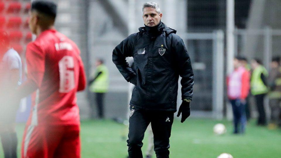 Rodrigo Santana diz que gramado prejudicou o Atlético-MG e projeta classificação na volta