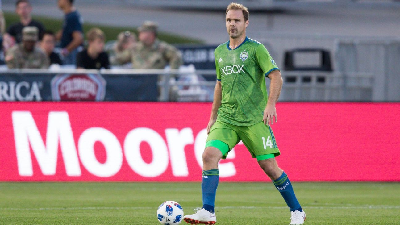 Sounders' Marshall retires, says 'it's been a blast'