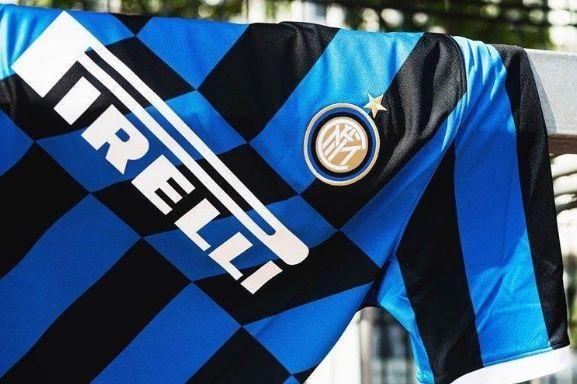 Inter de Milão e Atlético de Madrid apresentam novas camisas