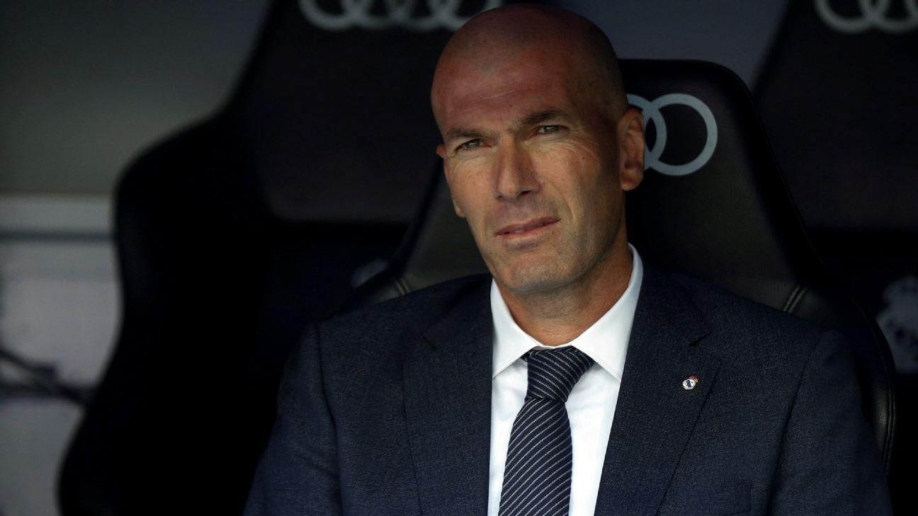 Real Madrid: Jornal relata conversas de Zidane para convencer jogadores que não querem deixar o clube