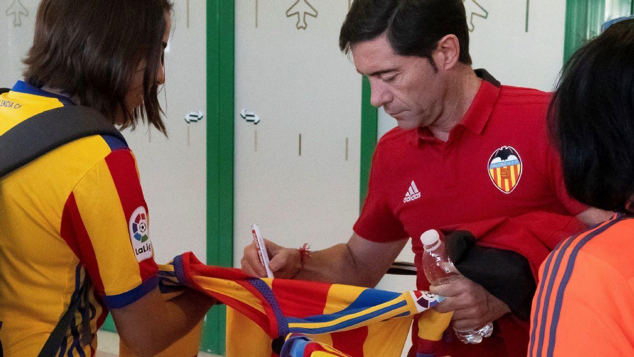 Barcelona y Valencia viven la final en extremos opuestos