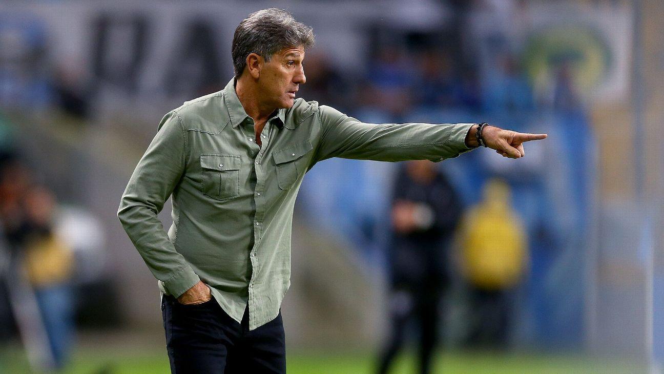 Renato desconversa sobre perda da titularidade de André no ataque do Grêmio