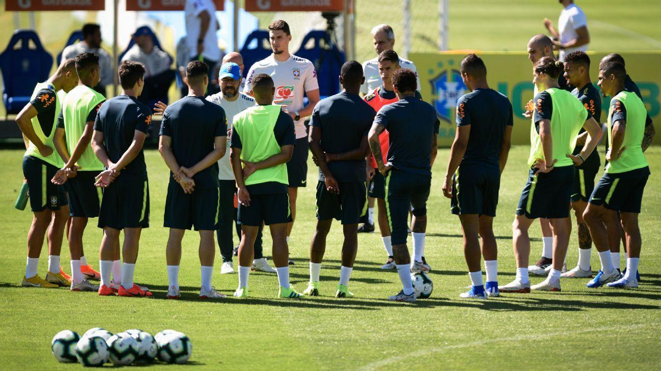 Com Neymar e presidente do Flamengo de olho, Brasil faz último treino antes de folga