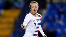 USWNT defender Becky Sauerbrunn's thank you to her childhood hero, Carla Overbeck