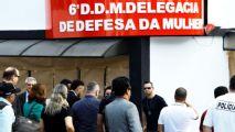 Aficionados brindan apoyo a Neymar en comisaría