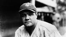 Venden franela de Babe Ruth en $5.64 mdd