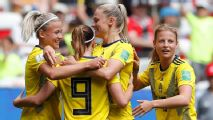 Sweden tops Thailand 5-1 to seal knockout spot