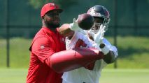 Ability to relate to QBs makes Byron Leftwich a 'rising star' as OC