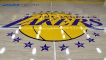 Fuentes: Lakers buscan crear espacio para contrato maximizado en tope salarial
