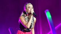 Carrie Underwood, acusada de copiar canción para intro de SNF