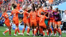 Netherlands beats Canada to win WWC Group E