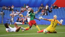 Last-gasp goal sees Cameroon into round of 16
