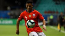 Sanchez, Vidal fitness doubts for Chile-Uruguay