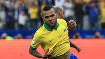 Barcelona no contempla el regreso de Dani Alves