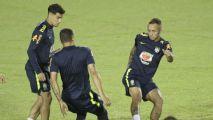 Everton adviritó del peligro de Paraguay y Alves recomendó prudencia