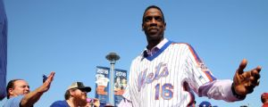 Arrestan a Dwight Gooden por manejar intoxicado