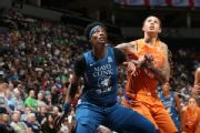 Fowles sets WNBA record for double-doubles
