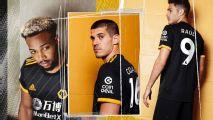 Raúl Jiménez presume nuevo uniforme del Wolverhampton