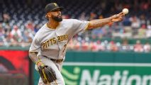 Buster's deadline deal of the day: Why Bucs should -- and shouldn't -- trade Felipe Vazquez