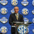 SEC commish: Legal gambling may harm players