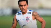 Jadson evolui e pode ser reforço do Corinthians contra o Flamengo