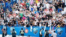 Real Madrid, arropado por estadio lleno en su práctica abierta
