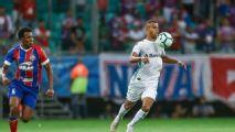 Alisson celebra momento no Grêmio e pede cuidado com o Athletico-PR