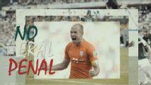 Ajax recuerda el #Noerapenal en introducción de Edson Álvarez
