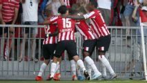 PSV da espectacular voltereta sin el 'Chucky'