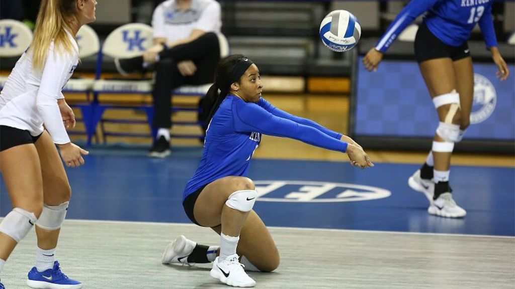 No. 16 Kentucky defeats Ole Miss in four sets