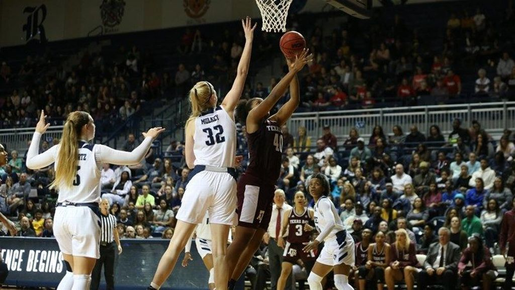 Late putback lifts No. 5 Texas A&M to victory