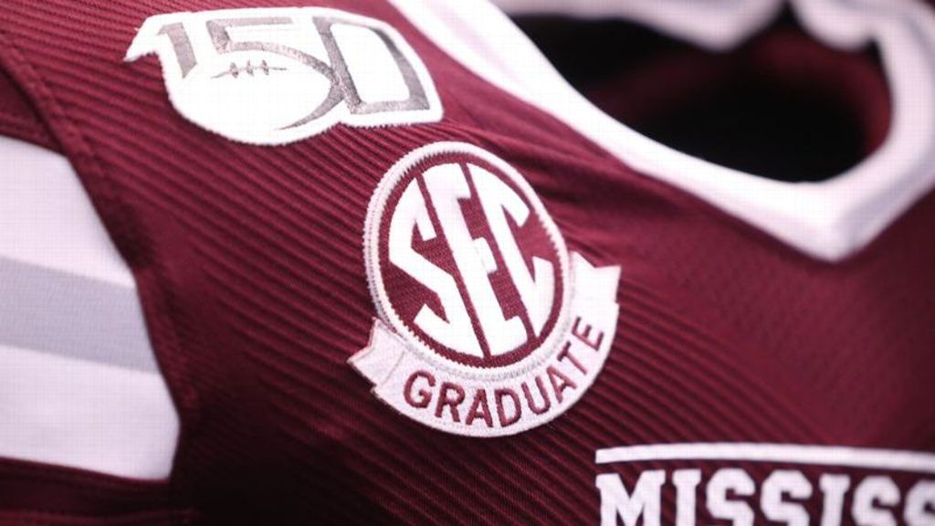 140 SEC players to wear graduation patch in bowl games