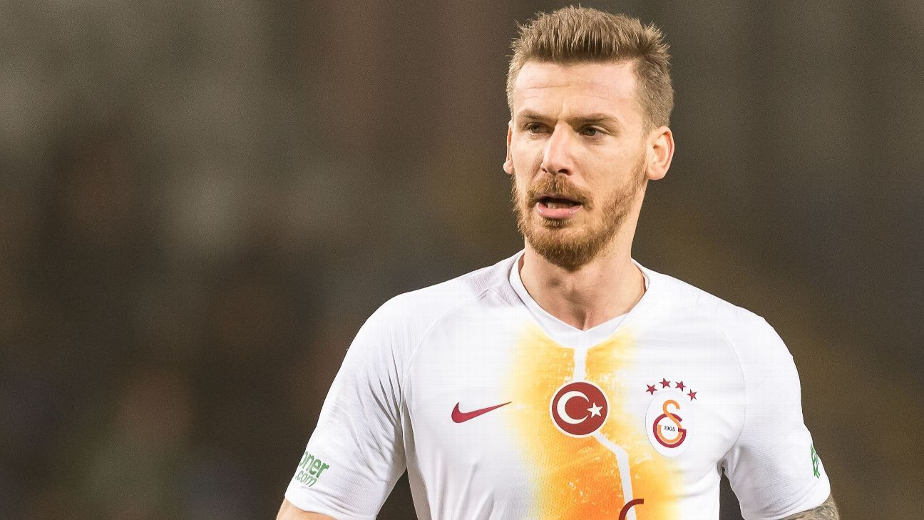 Galatasaray transfer list star who missed match through illness but went on holiday