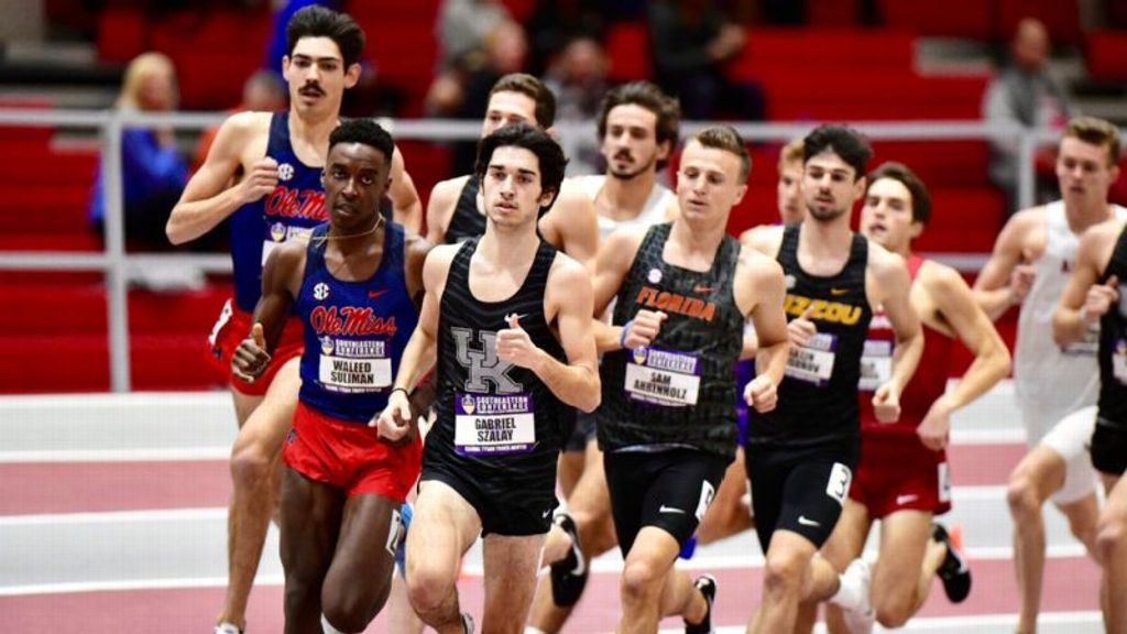 Fifteen T&F programs represent SEC in Top-25 poll