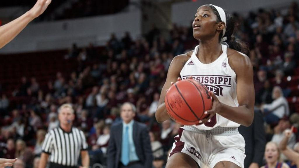 Bulldogs overcome 12-point deficit to defeat Aggies