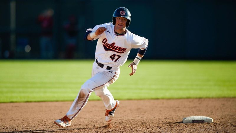 No. 9 Tigers mercy rule UIC to sweep series