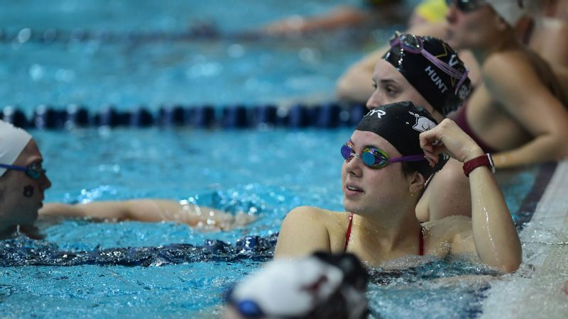 UT, A&M leading Swimming and Diving Championships