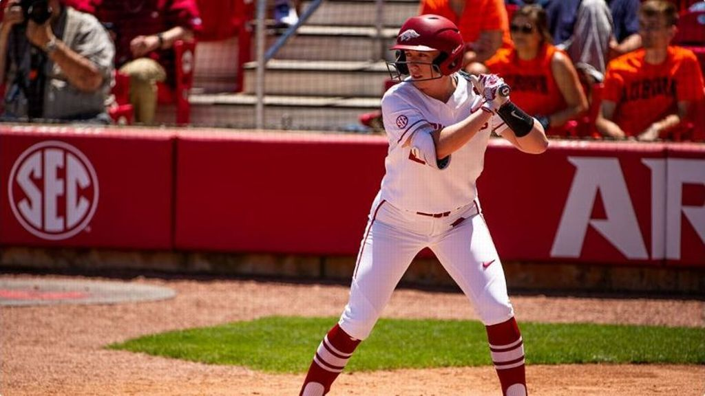 No. 23 Razorbacks win easily in home opener